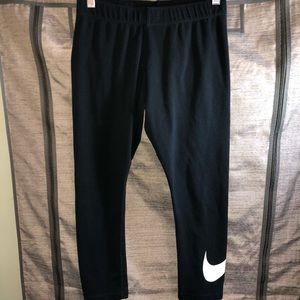 Nike leggings medium